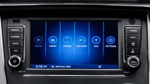 Mahiindra KUV100 NXT touchscreen